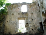 mur_est